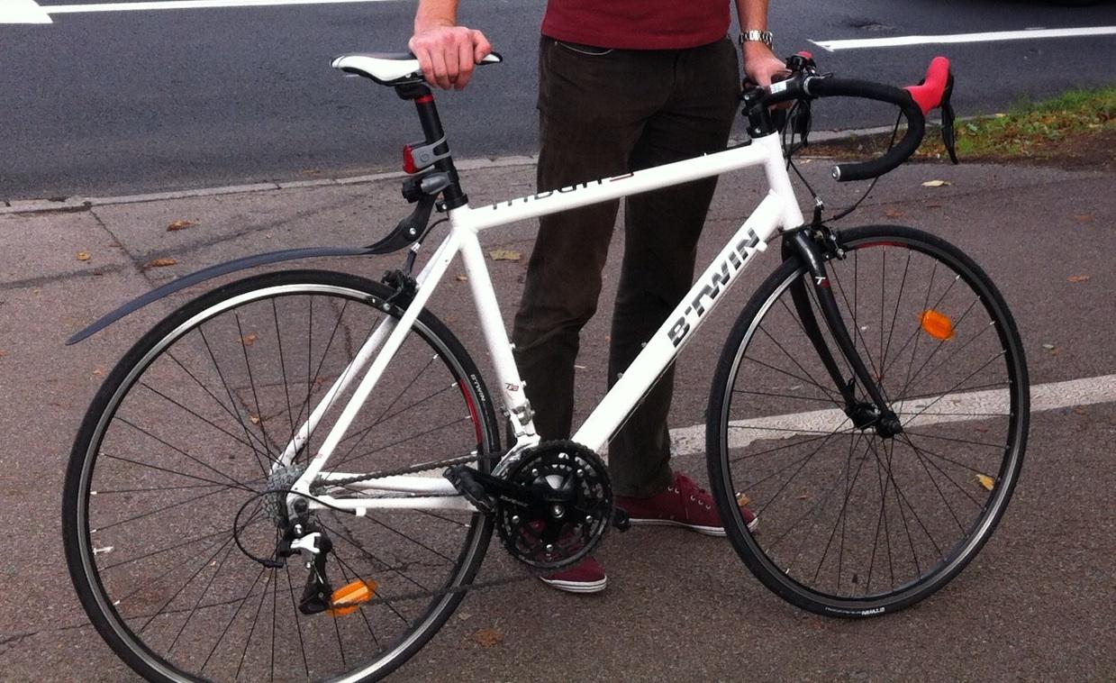 Stolen btwin triban 300 road bike for Triban 300