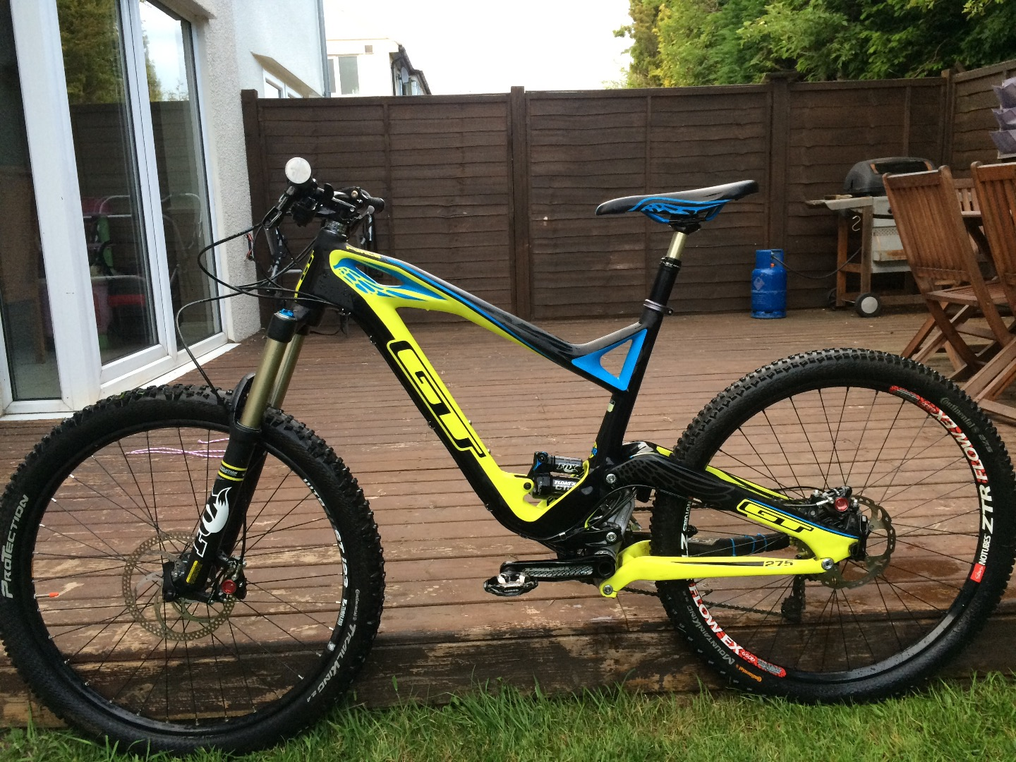 Stolen GT Bicycles Force X Expert Carbon 2014