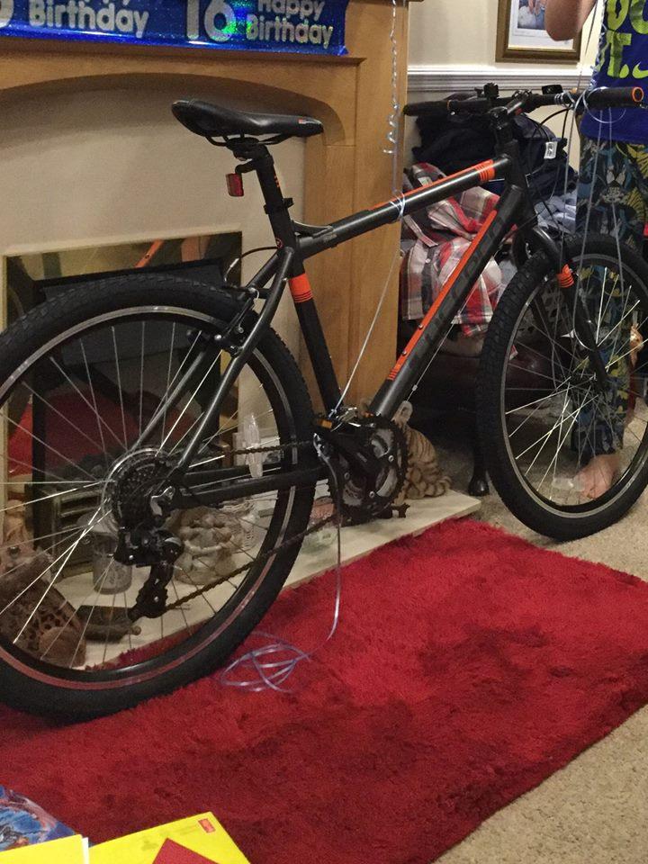 Stolen Carrera Bicycles Axle