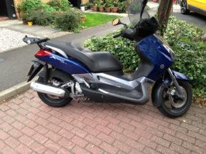 Yamaha x -max
